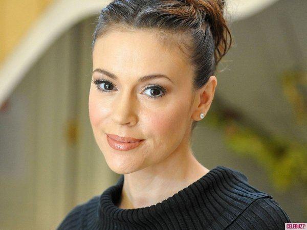 Alyssa Milano Celebrity Twitter Chatter Alyssa Milano Admires Kim