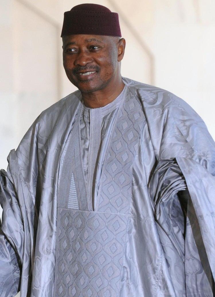 Amadou Toure Amadou Toumani Tour Wikipedia the free encyclopedia