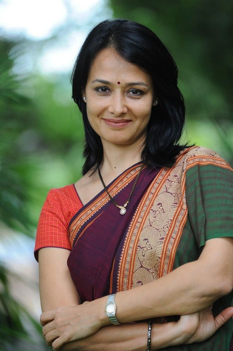 Amala (actress) Movies