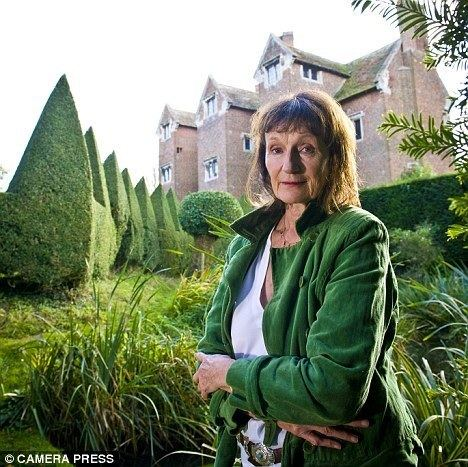 Amanda Feilding Mick Jagger39s friend who drilled a hole in her head to get