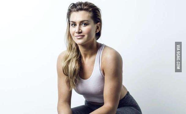 Amanda Kurtović Basically the hottest handball player ever Amanda Kurtovic 9GAG