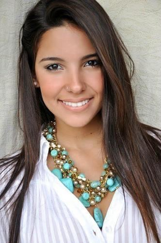 Amanda Oliveira amanda oliveira amandinhaR2012 Twitter
