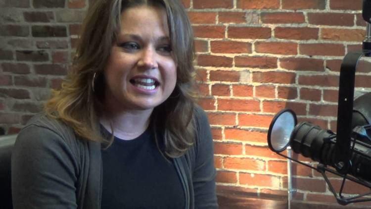 Amanda Overmyer Amanda Overmyer LIVE on KORN JAM quotFail to Compromise