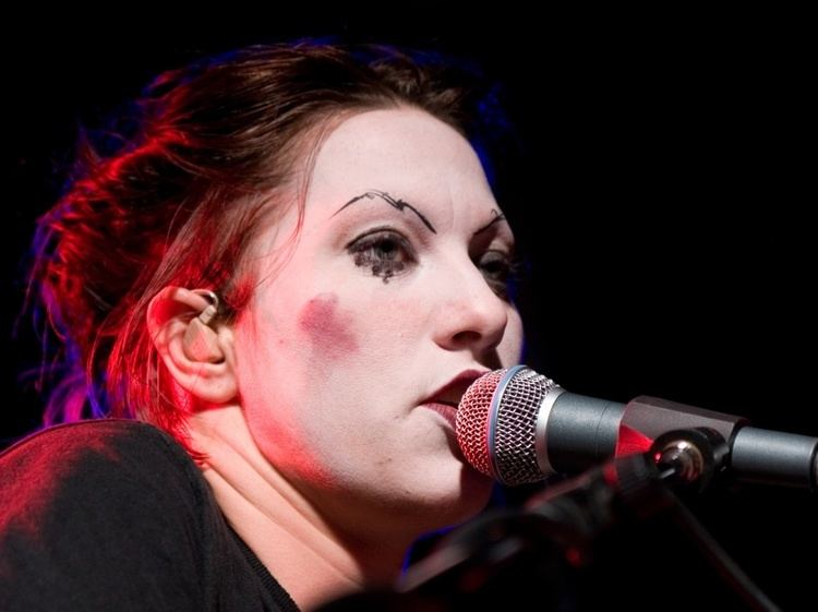 Amanda Palmer The Most Hated Woman on the Internet In These Times
