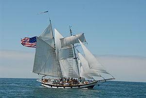 Amazing Grace (ship) httpsuploadwikimediaorgwikipediacommonsthu