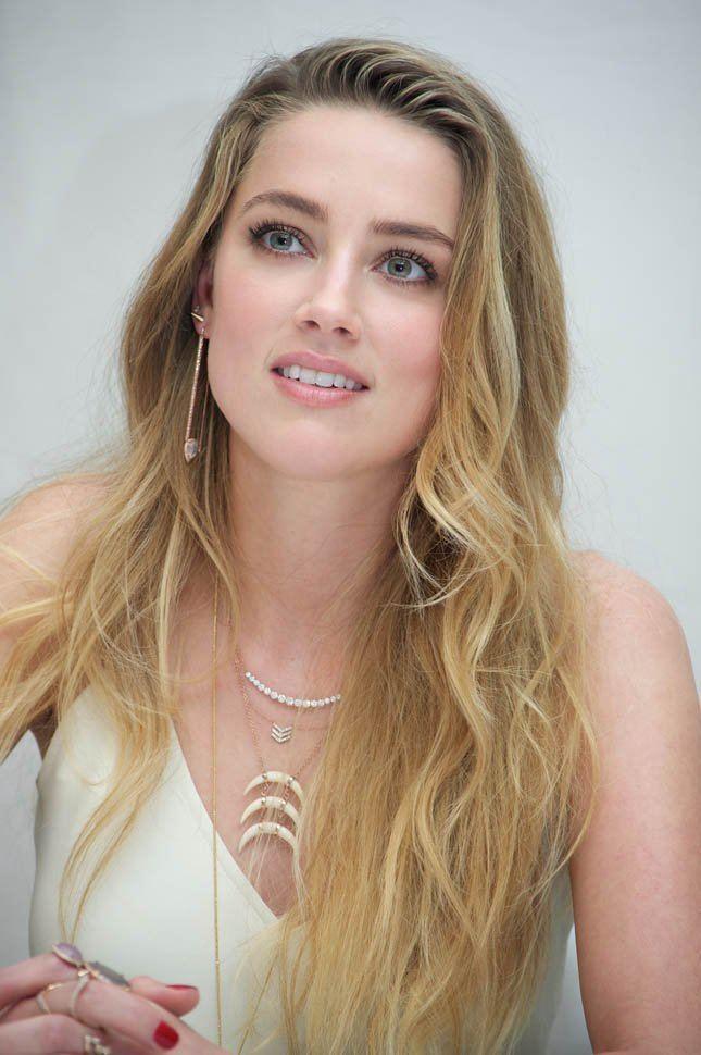 Amber Heard Amber Heard says she and Johnny Depp will avoid Australia