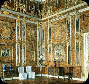 Amber Room httpsuploadwikimediaorgwikipediacommonsthu
