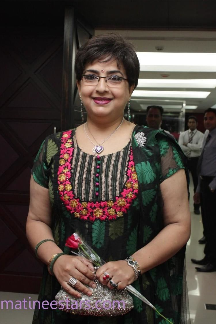 Ambika (actress) Ambika Photos Actress Gallery High Resolution Pictures