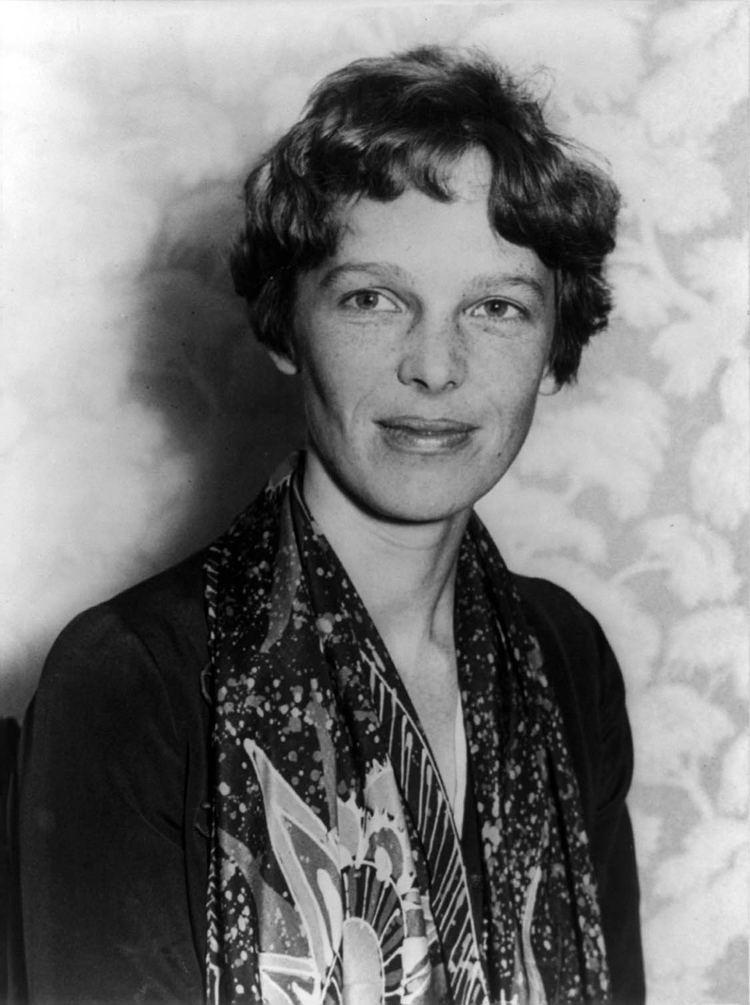 Amelia Earhart httpsuploadwikimediaorgwikipediacommons88