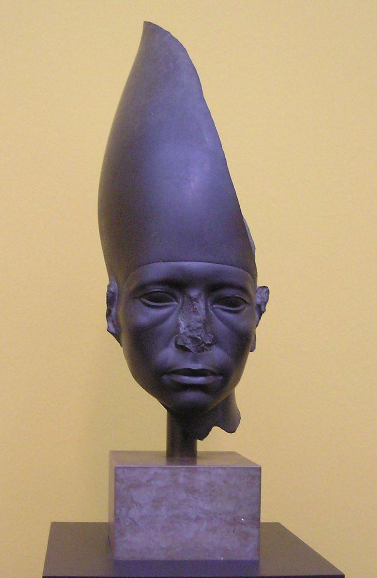 Amenemhat III httpsuploadwikimediaorgwikipediacommons11