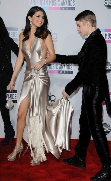 American Music Awards of 2011 Selena Gomez Pictures 2011 American Music Awards
