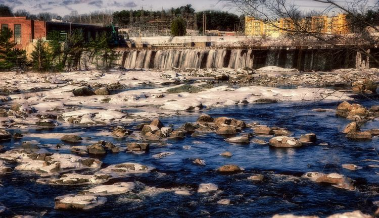 Amoskeag Falls Amoskeag Falls at the Amoskeag millyard in Manchester New Flickr