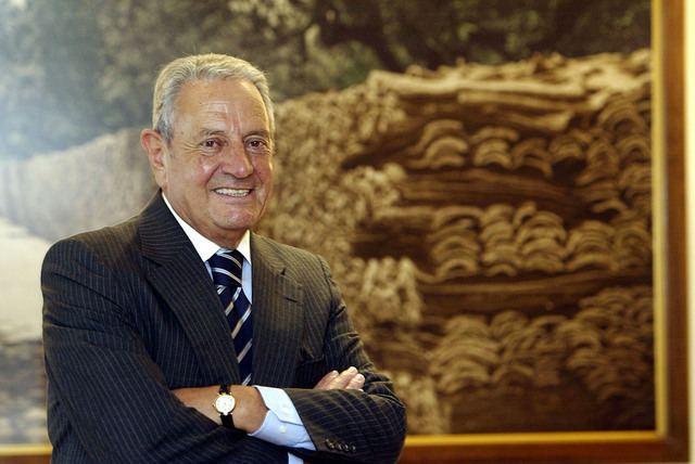 Americo Amorim Afinal Amrico Amorim ainda acionista do Banco Popular