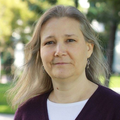 Amy Hennig httpspbstwimgcomprofileimages1236158105im