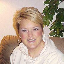Amy Scobee httpsuploadwikimediaorgwikipediacommonsthu