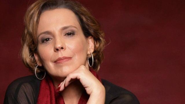 Ana Beatriz Nogueira 20114809086232011121504161jpg20120116jpg
