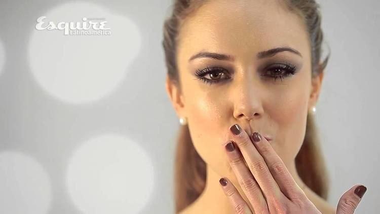Ana Belena Ana Belena en Esquire YouTube