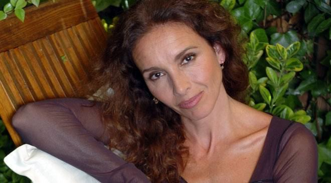 Ana Belén Ana Beln FilmMusicTheatre Biography and works at Spain is culture