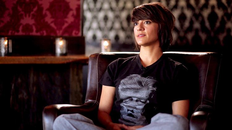 Ana Lily Amirpour Keanu Reeves Joins Ana Lily Amirpour39s Cannibal Love Story