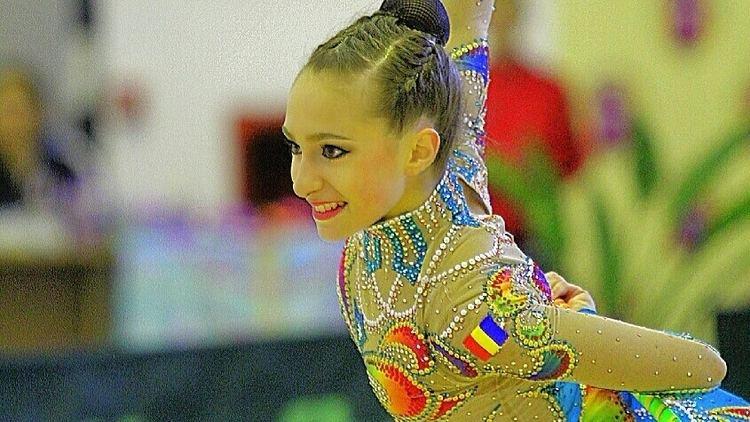 Ana Luiza Filiorianu mediatvrnewsroimage201403fullfilioreanu8846