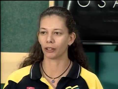 Ana Moser Em 1999 Ana Moser convoca entrevista para anunciar sua despedida