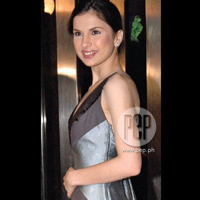 Ana Roces Back to the past with Ana Roces Gallery PEPph The