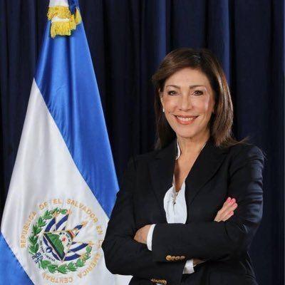 Ana Vilma de Escobar Ana Vilma de Escobar defiendetuvoto Twitter