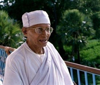 Anagarika Munindra Commemorating the Centenary of the Birth of Vipassana Meditation