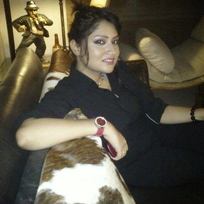 Anam Tanveer Pakistani Hot Celebrity Anam Tanveer Casual Unseen