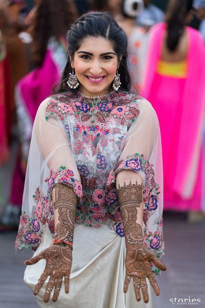 Anamika Khanna 299 best Anamika khanna images on Pinterest Indian outfits Indian