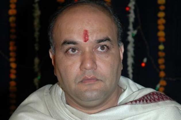Anand Abhyankar Marathi actors Abhyankar Pendse die in accident IBNLive