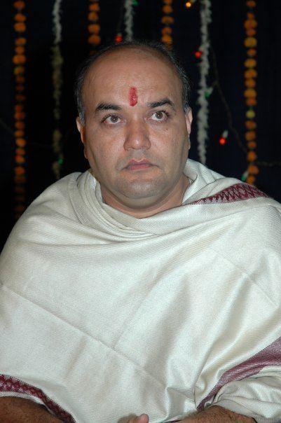 Anand Abhyankar Anand Abhyankar Akshay Pendse death in accident on Mumbai