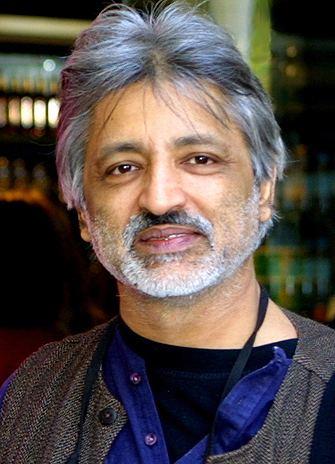 Anand Patwardhan YFile Filmmaker Anand Patwardhan brings awardwinning
