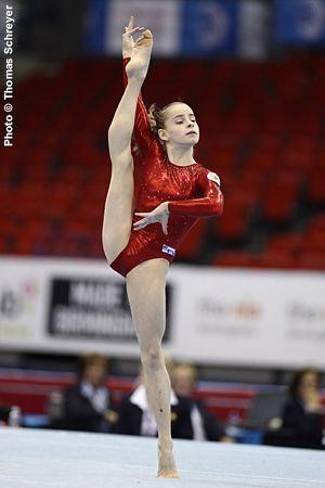 Anastasia Grishina International Gymnast Magazine Online Russias Grishina Grabs High