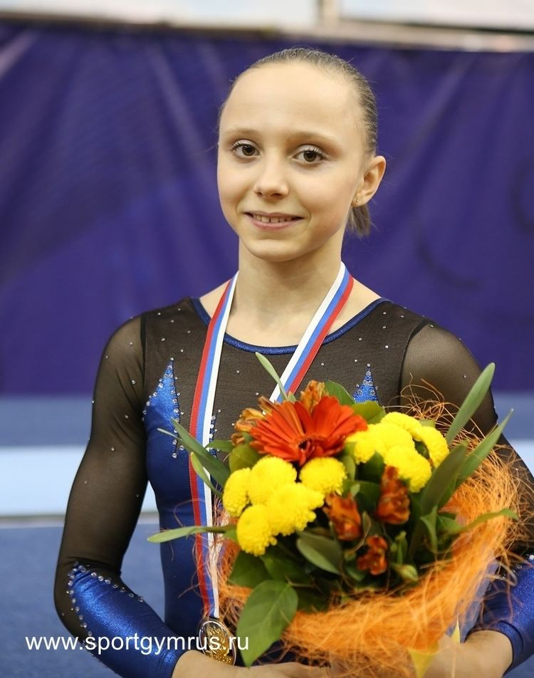 Anastasia Ilyankova Dont be a Russian stan Baby Swan Graduates Anastasia Ilyankova
