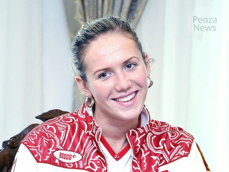 Anastasia Zuyeva (swimmer) Penza swimmer Anastasia Zueva wins in relay in Universiade in Kazan