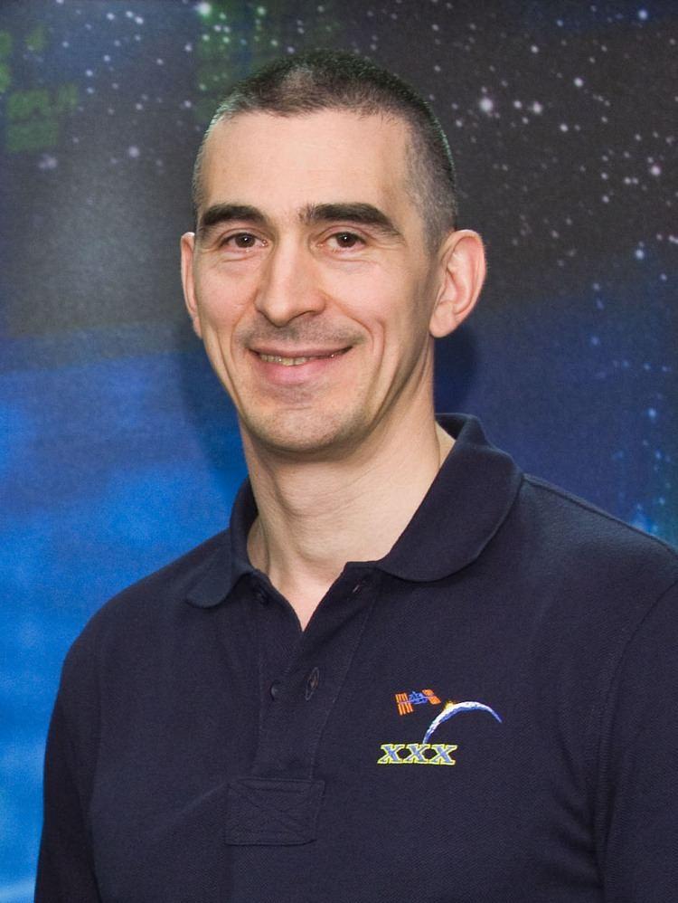 Anatoli Ivanishin httpsuploadwikimediaorgwikipediacommonsee
