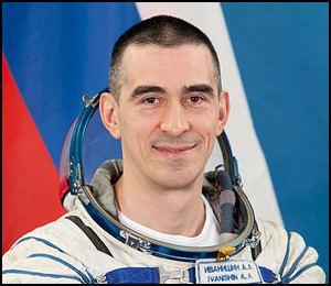 Anatoli Ivanishin Russian Cosmonaut Anatoli Ivanishin 8x10 Full Colour Portrait