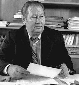 Anatoli Ivanov (writer) httpsuploadwikimediaorgwikipediaruthumb7
