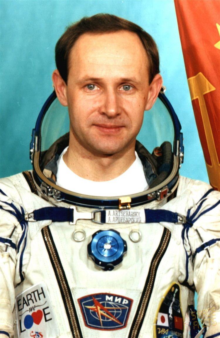 Anatoly Artsebarsky wwwspacefactsdebiosportraitshicosmonautsart