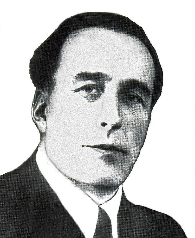 Anatoly Sharpenak httpsuploadwikimediaorgwikipediacommonsthu