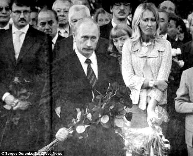 Anatoly Sobchak Vladimir Putins friend Ksenia Sobchak flees Russia because of