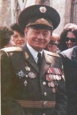 Anatoly Zinevich httpsuploadwikimediaorgwikipediarueeeAna