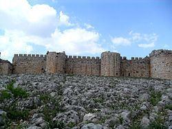 Anavarza Castle httpsuploadwikimediaorgwikipediacommonsthu