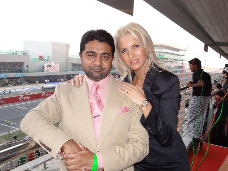 Anca Verma FileAbhishek Verma and Anca Verma at F1 track NOIDAJPG Wikimedia
