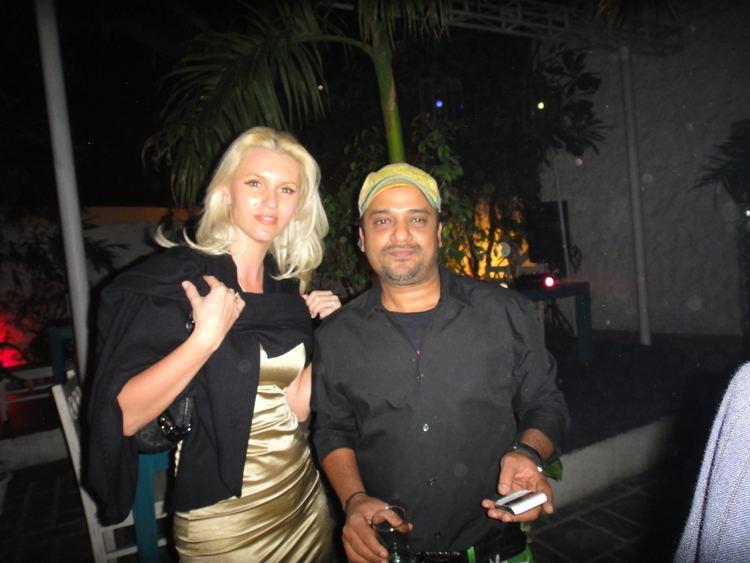 Anca Verma FileAnca Verma with music director Sajid KhanJPG Wikimedia Commons