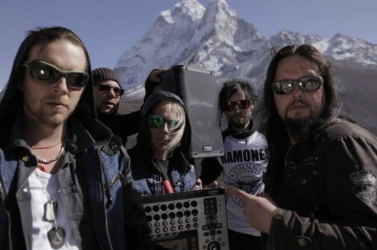 Ancara (band) Finnish Band AncarA Rocks Mount Everest to Set World Record with QSC