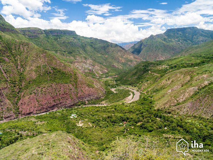 Andean natural region httpssihacom00159683506AndeanregionCanyon