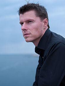 Anders J. Dahlin httpsuploadwikimediaorgwikipediacommonsthu