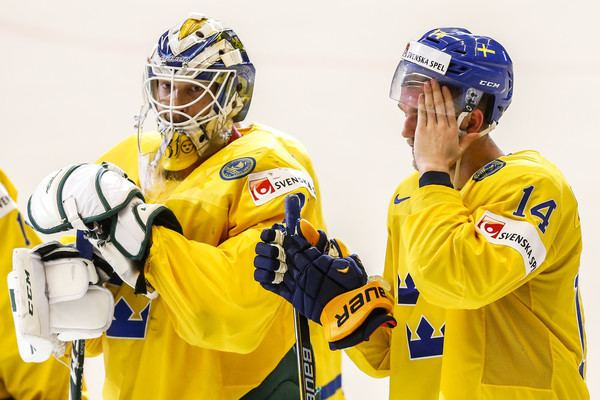 Anders Nilsson (ice hockey) Anders Nilsson Pictures Sweden v Russia 2015 IIHF Ice